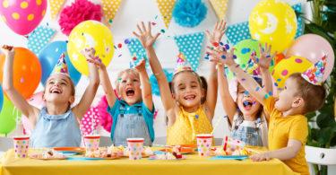 vajillas desechables para cumpleaños